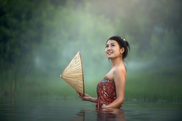 žena asijka